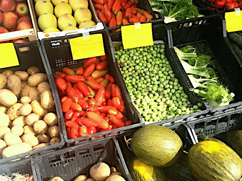Marktstand Sardinien