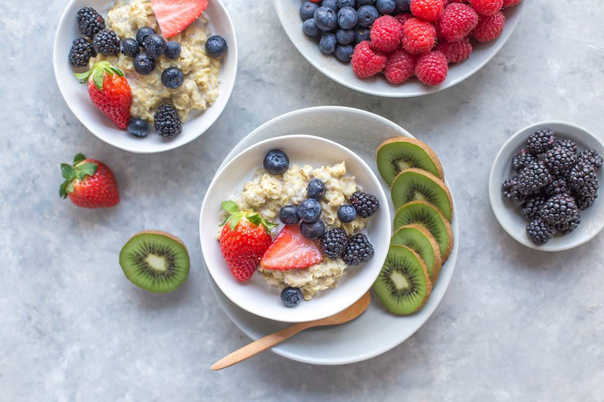 veganer porridge mit Haferflocken